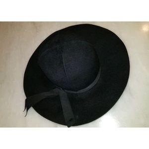 Rare Vintage Designer Lucila Mendez Wide Brim Wool